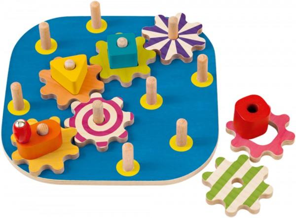 Kurbelspaß von Selecta, Formensteckspielzeug